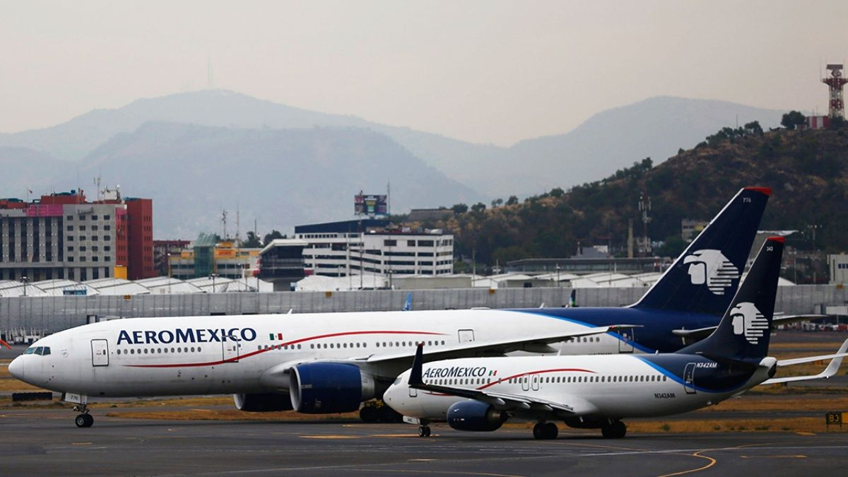 Solicita Aeroméxico finalizar contratos con sindicatos de pilotos y sobrecargos