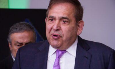Suspenden audiencia de exdirector de Altos Hornos de México por descompensación