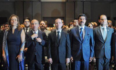 Calderón logra candidaturas para su gente. . . y manda a Anaya a su casa
