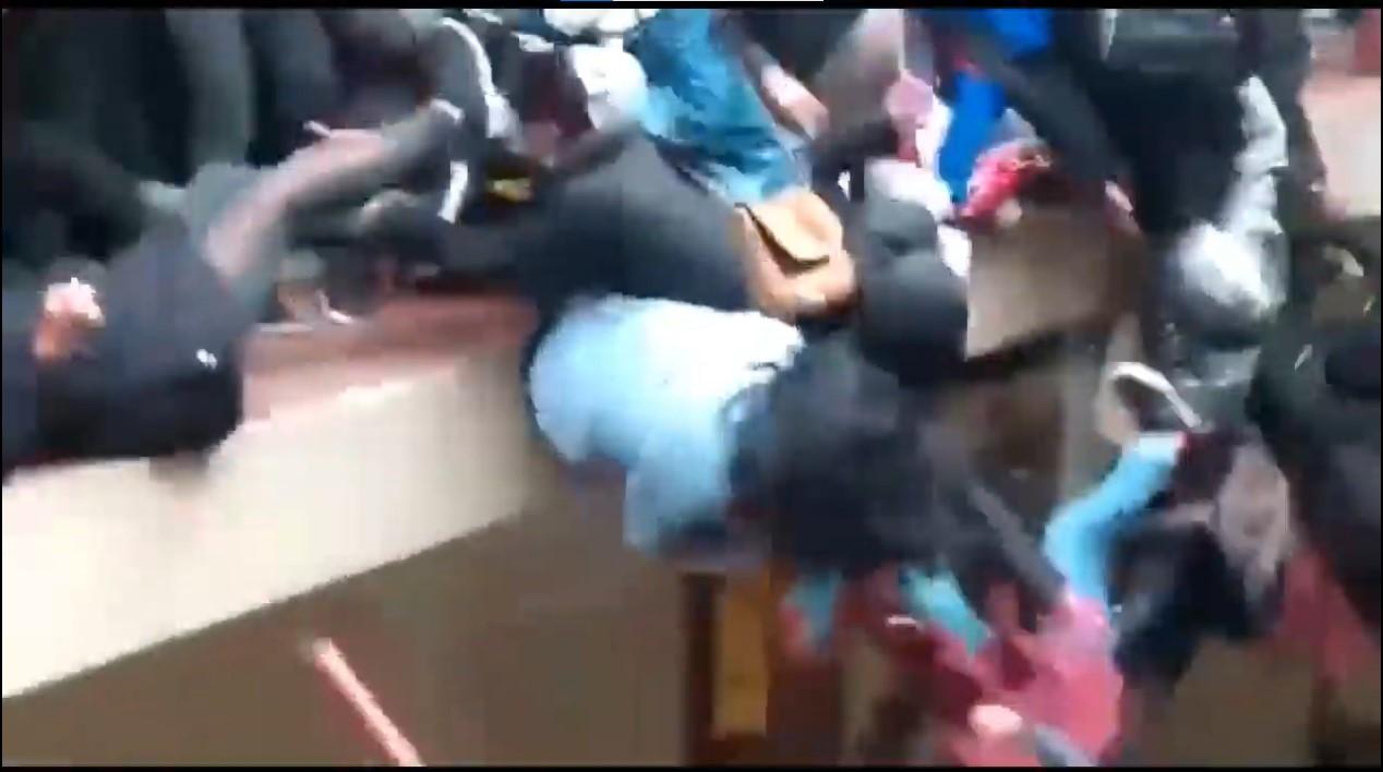 Suman siete estudiantes muertos en Bolivia tras caer de un cuarto piso