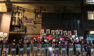 """Granaderos"" también resguardan casa de Andrés Roemer"
