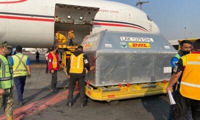 Llegan a México 487,500 vacunas anticovid de Pfizer