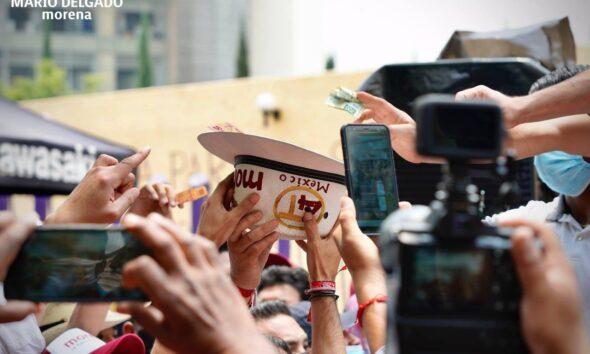 Mario Delgado y Salgado Macedonio hacen 'coperacha' para pagar sanción al INE