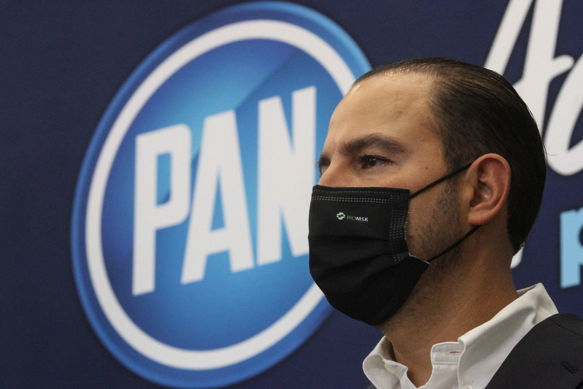 Exige PAN a AMLO descentralizar proceso de vacunación