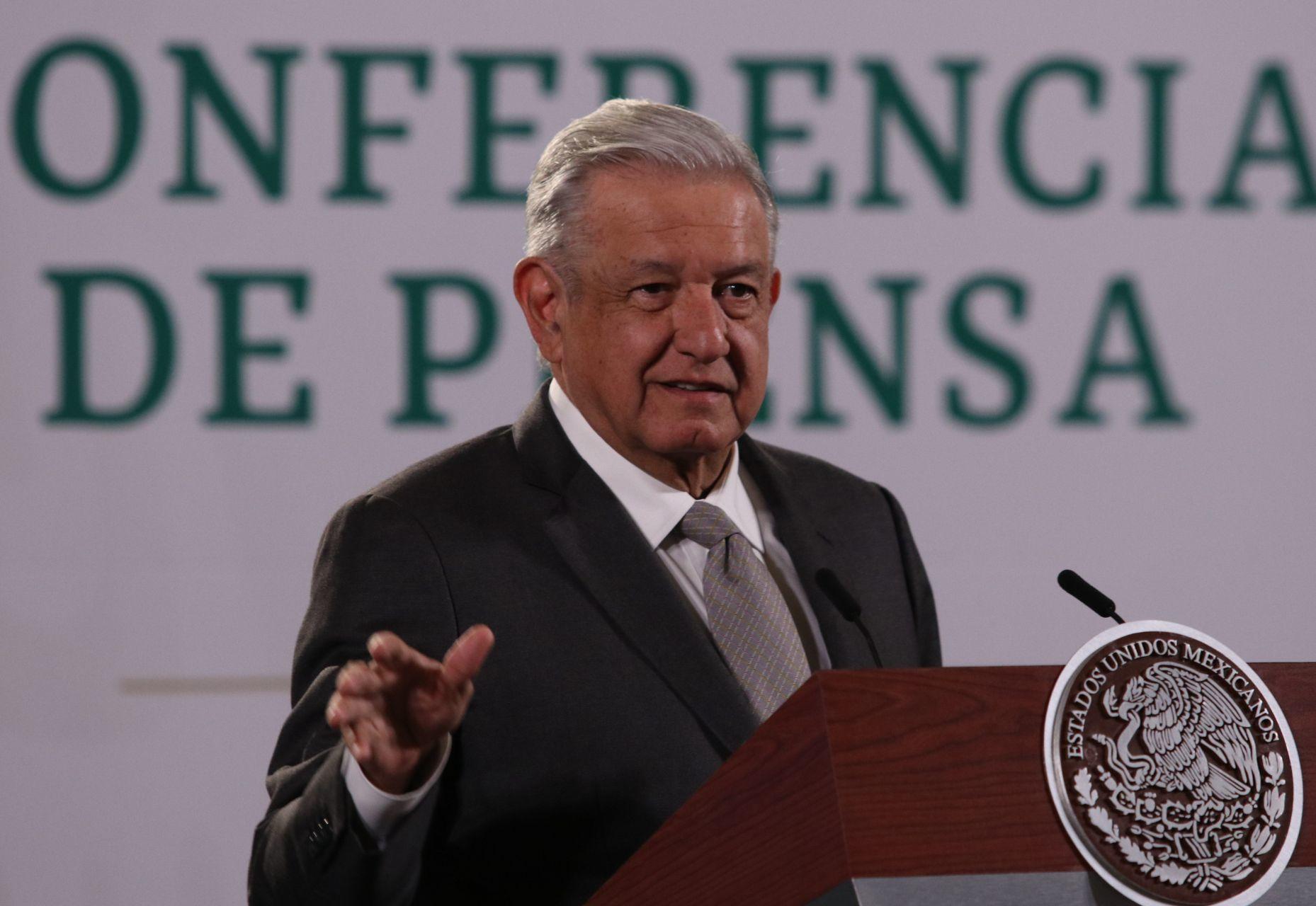 Celebra AMLO que Banxico respalde destinar recursos del FMI a pago de deuda