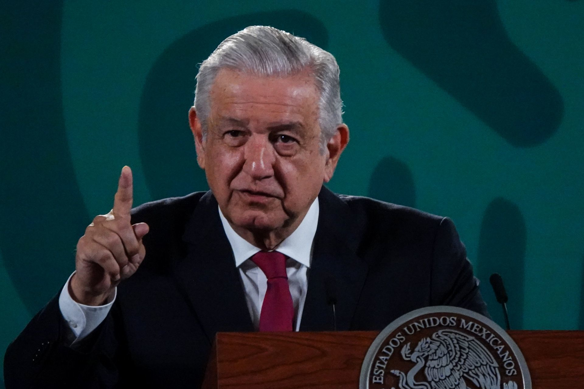 Ningún expresidente será perseguido político, dice AMLO