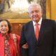 El presidente de la República recibió a la senadora Ifigenia Martínez tras recibir la presea Belisario Domínguez