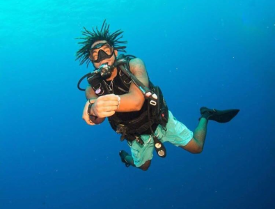 Dimitri Myles - Diving Pic