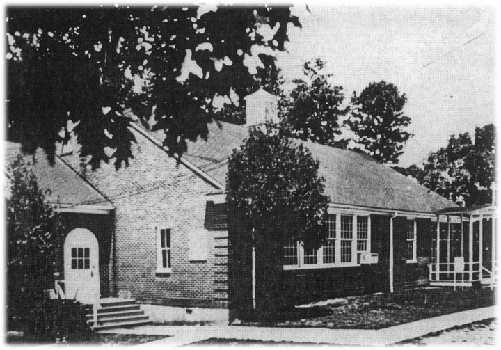 img_old_schoolhouse