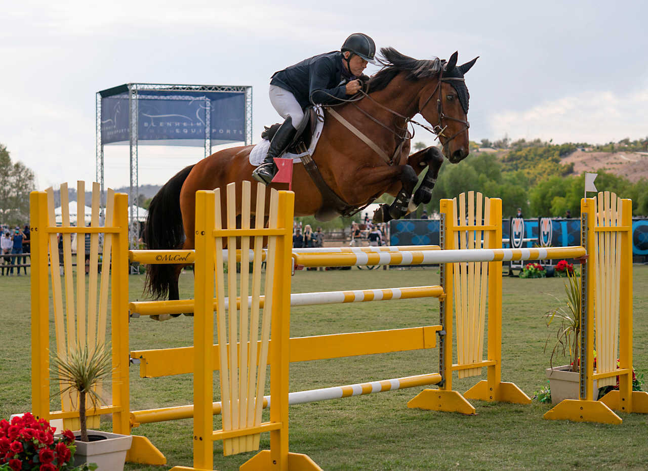 Will Simpson jumping Chacco P