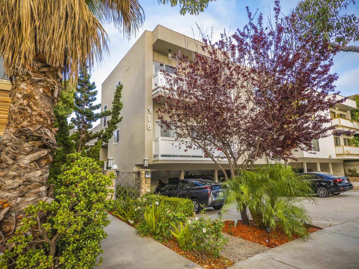 918 7th St., Santa Monica, CA 90404