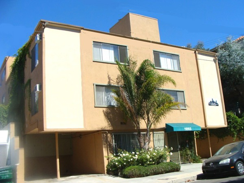 11865 Rochester Ave., West Los Angeles, CA 90025