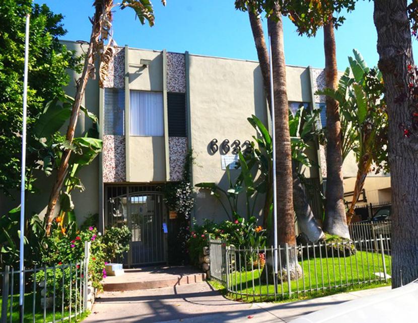 6632 Darby Ave., Reseda, CA 91335