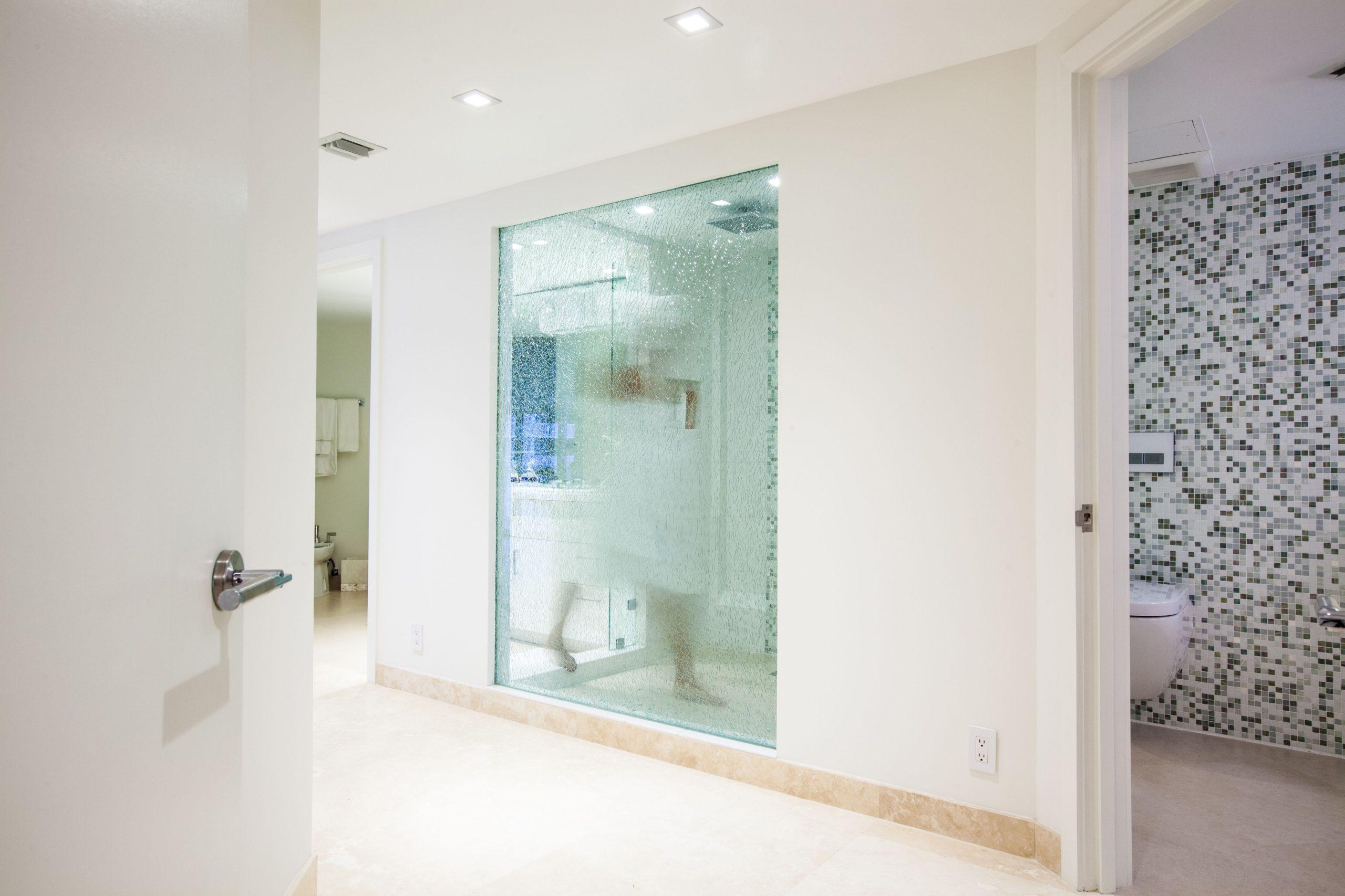Shattered Tempered Glass   Interior Designer Kevin Gray