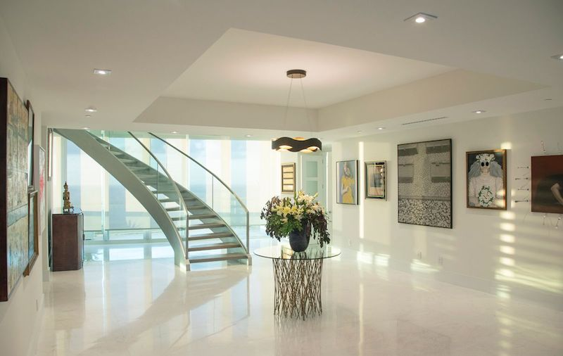 Entry- Santa Maria Penthouse