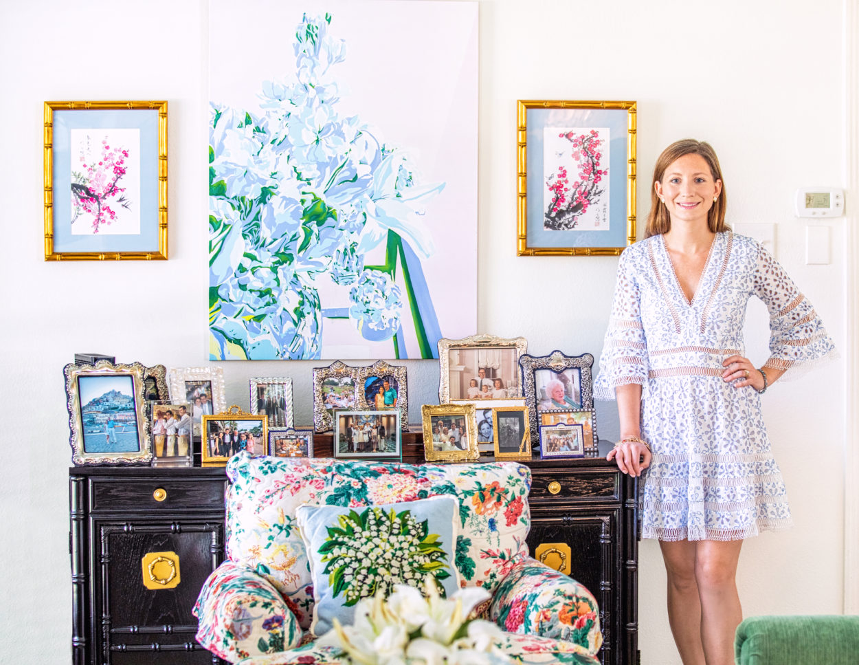 The beautiful and eclectic hometour of Susie Kwiatkowski's Palm Beach Chic-inspired house.