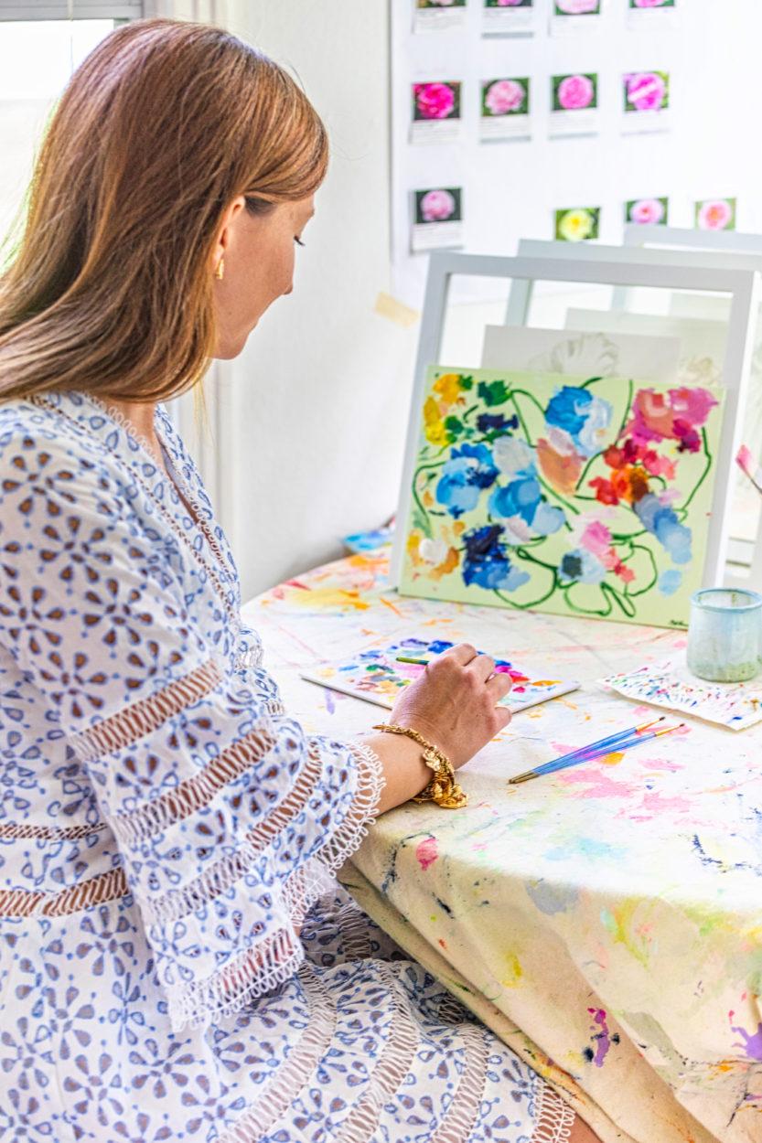 Susie Kwiatkowski trying a mural art.