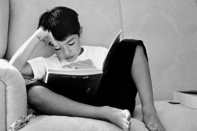 child-sight-word-reading
