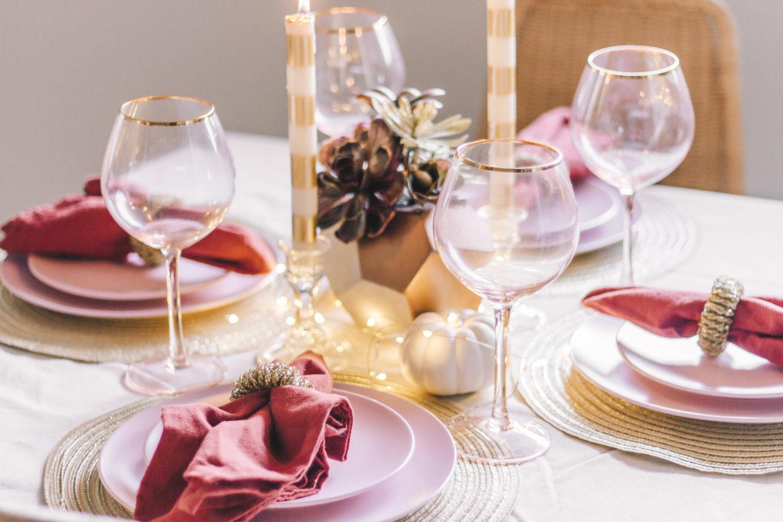 A Thanksgiving Tablescape, friendsgiving table, thanksgiving decor // wanderabode.com