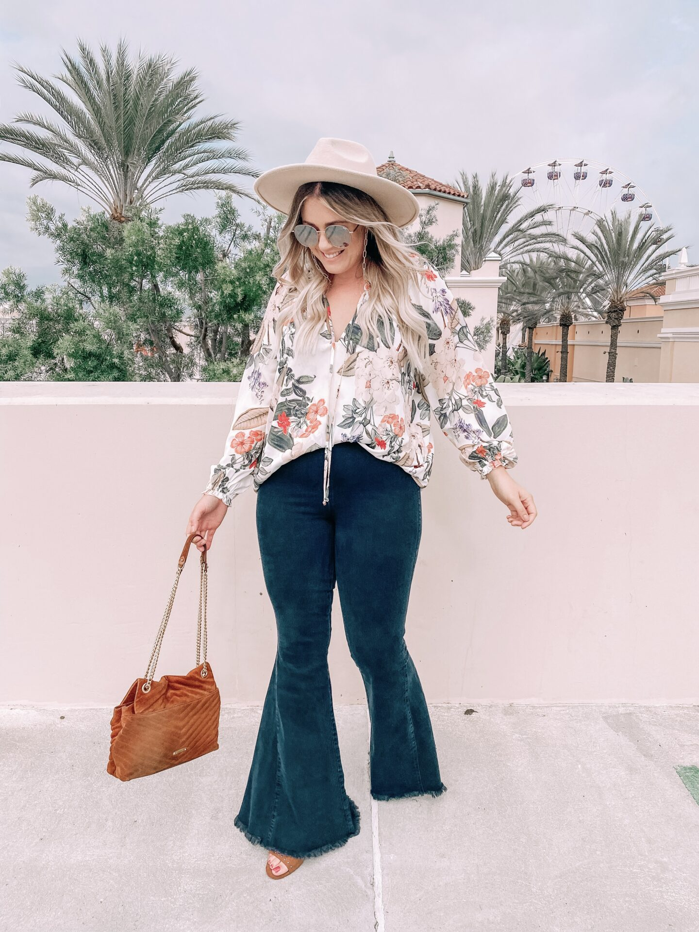 flare jeans outfit, show me your mumu