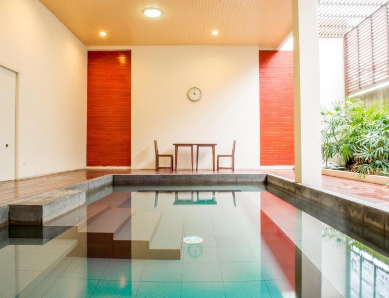 ONZEN Sunshine Hotel & Service Apartment
