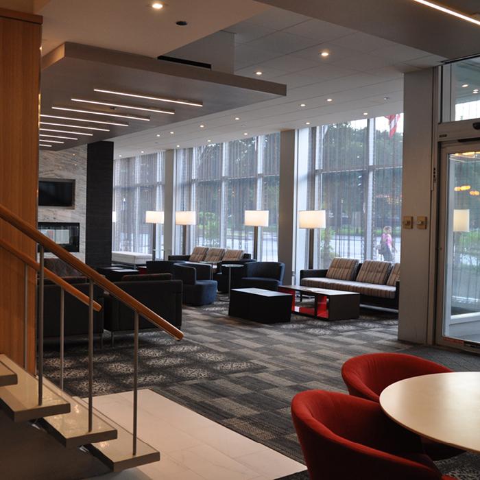 Oxford Capital Essex Inn Chicago lobby