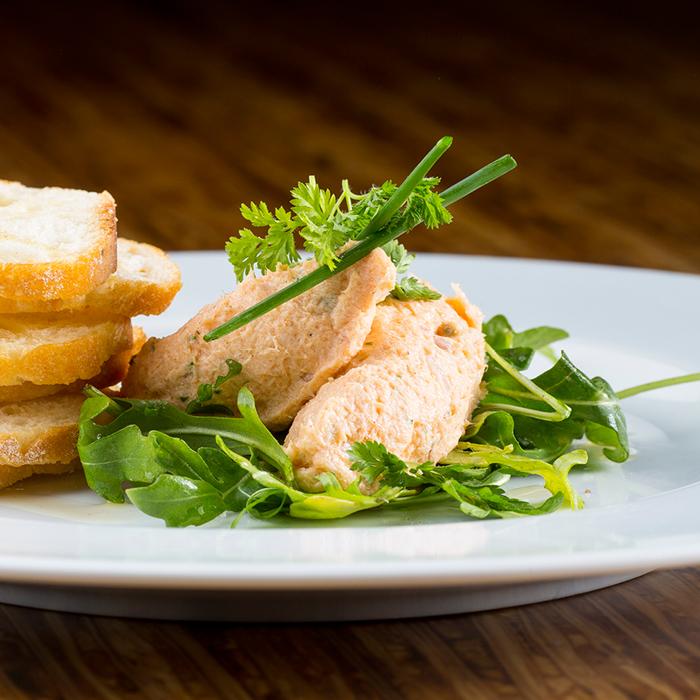 Oxford Capital Hotel Felix tuna appetizer