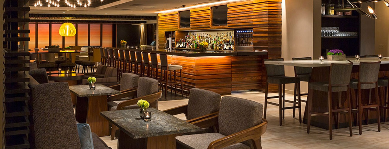 Hyatt Chicago bar and dining space