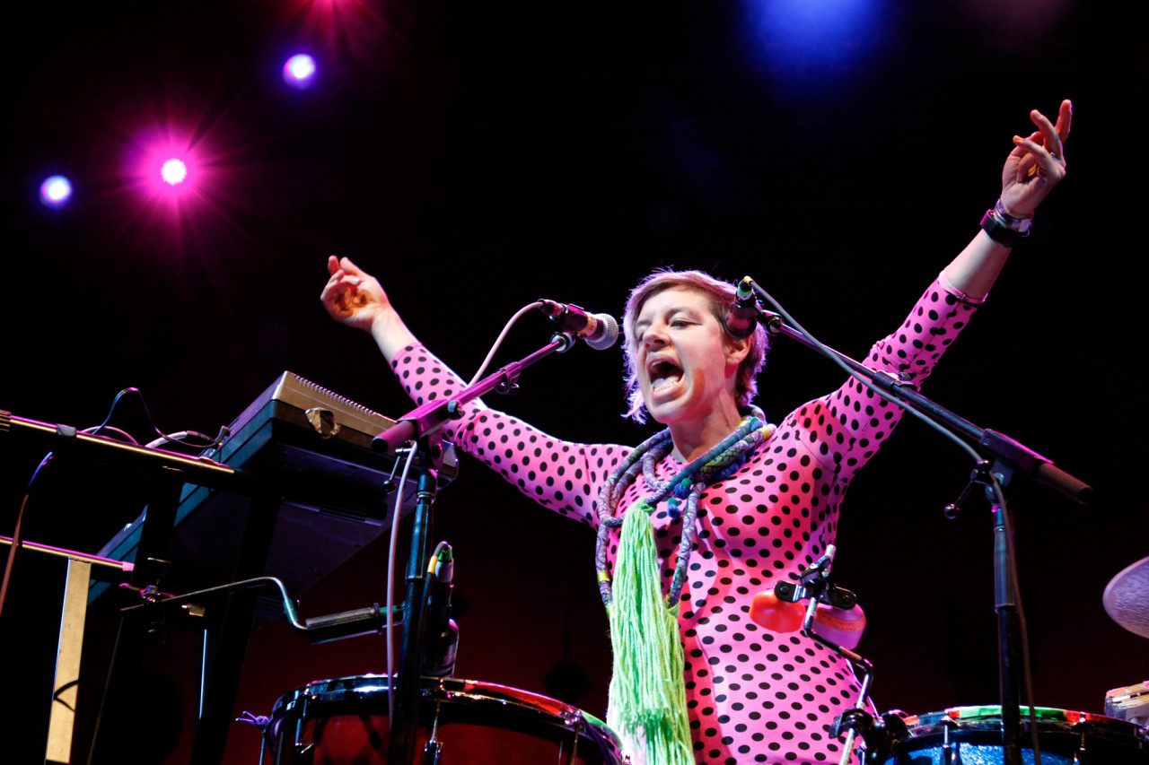tUnE-yArDs performs at Celebrate Brooklyn at Prospect Park in Brooklyn, NY on Aug. 8, 2015. (© Michael Katzif – Do not use or republish without prior consent.)