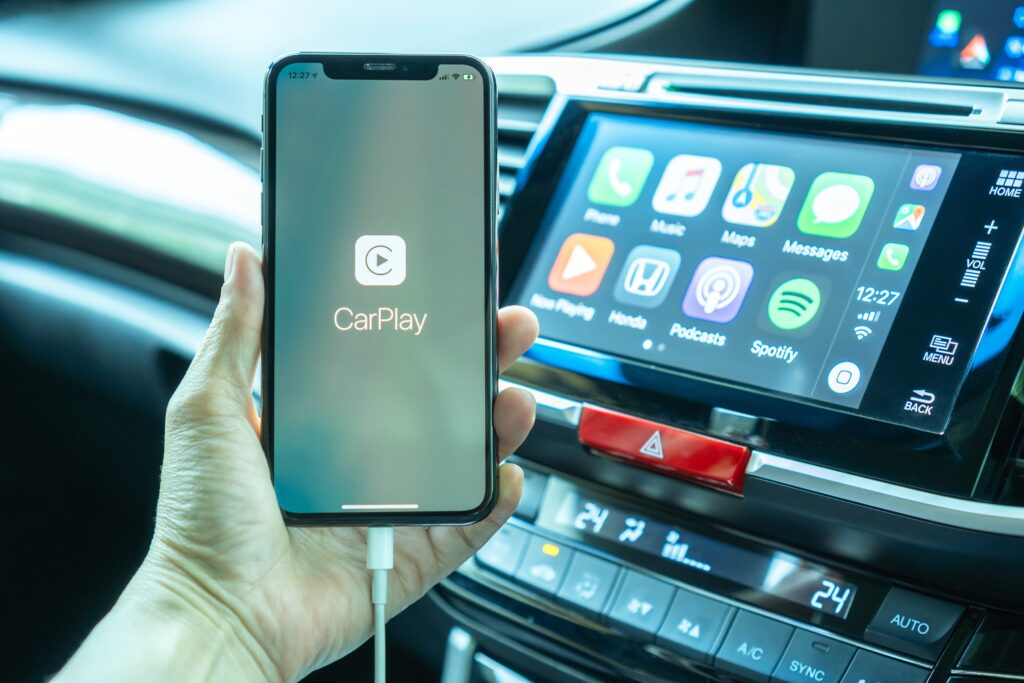 Top High Tech Car Gadgets to Have This Summer
