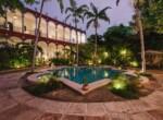 Villa Merida - Pool Garden looking to hotel