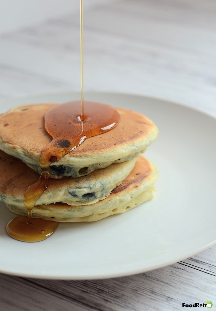 Never buy boxed pancake mix again! You probably already have all 7 ingredients you need to make thick, fluffy pancakes from scratch.