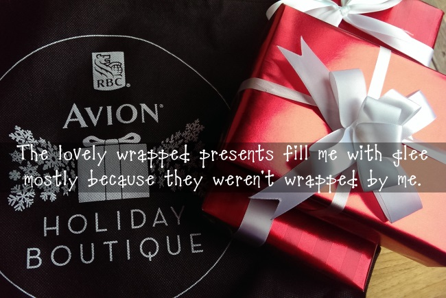 Avion Holiday Boutique, complimentary giftwrapping