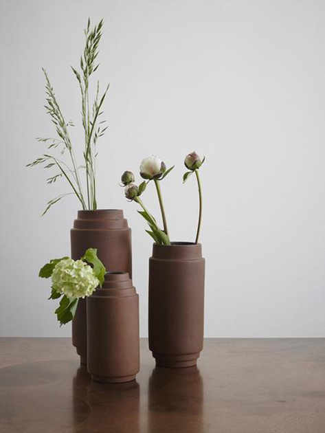 Dark-Rose-Vase-1810460_Edge_Vase_25Cm_grande1