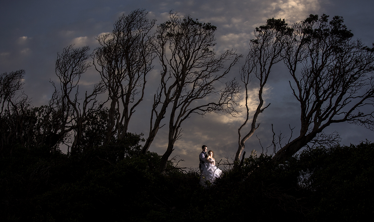 Sunset bridal shoot with amazing clours and shadows in Gladstone