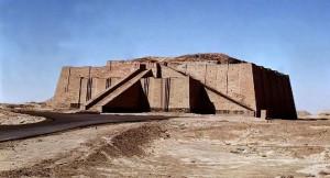 02b-_architecture_mesopotamienne_-_ziggourat_d_Ur