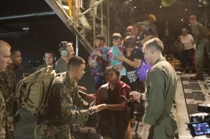 US_marines_Typhoon_Haiyan_relief