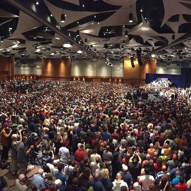 15,000 participants at Donald Trump's 7/11/15 rally in Phoenix, Arizona (via campaign)