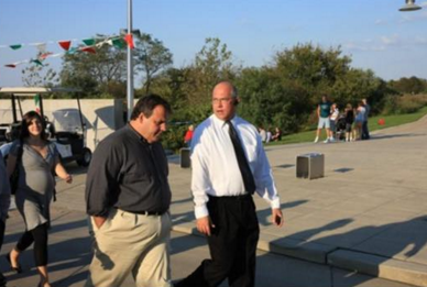 Kush (left) talks to then-candidate Christie during the 2009 campaign.
