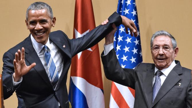 obama and castro in cuba