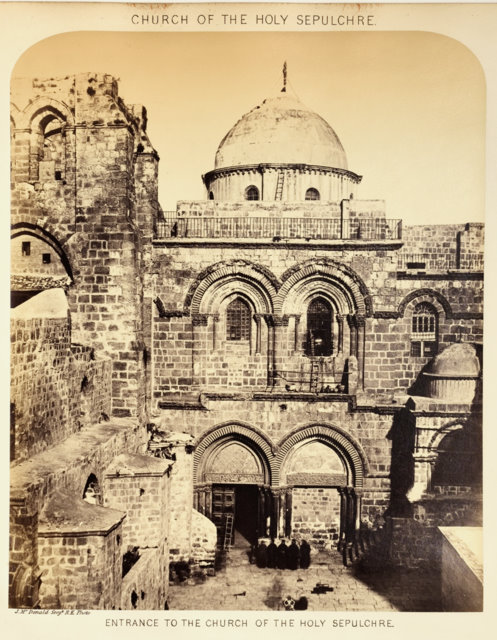 Entrance to the Church of the Holy Sepulchre.jpg