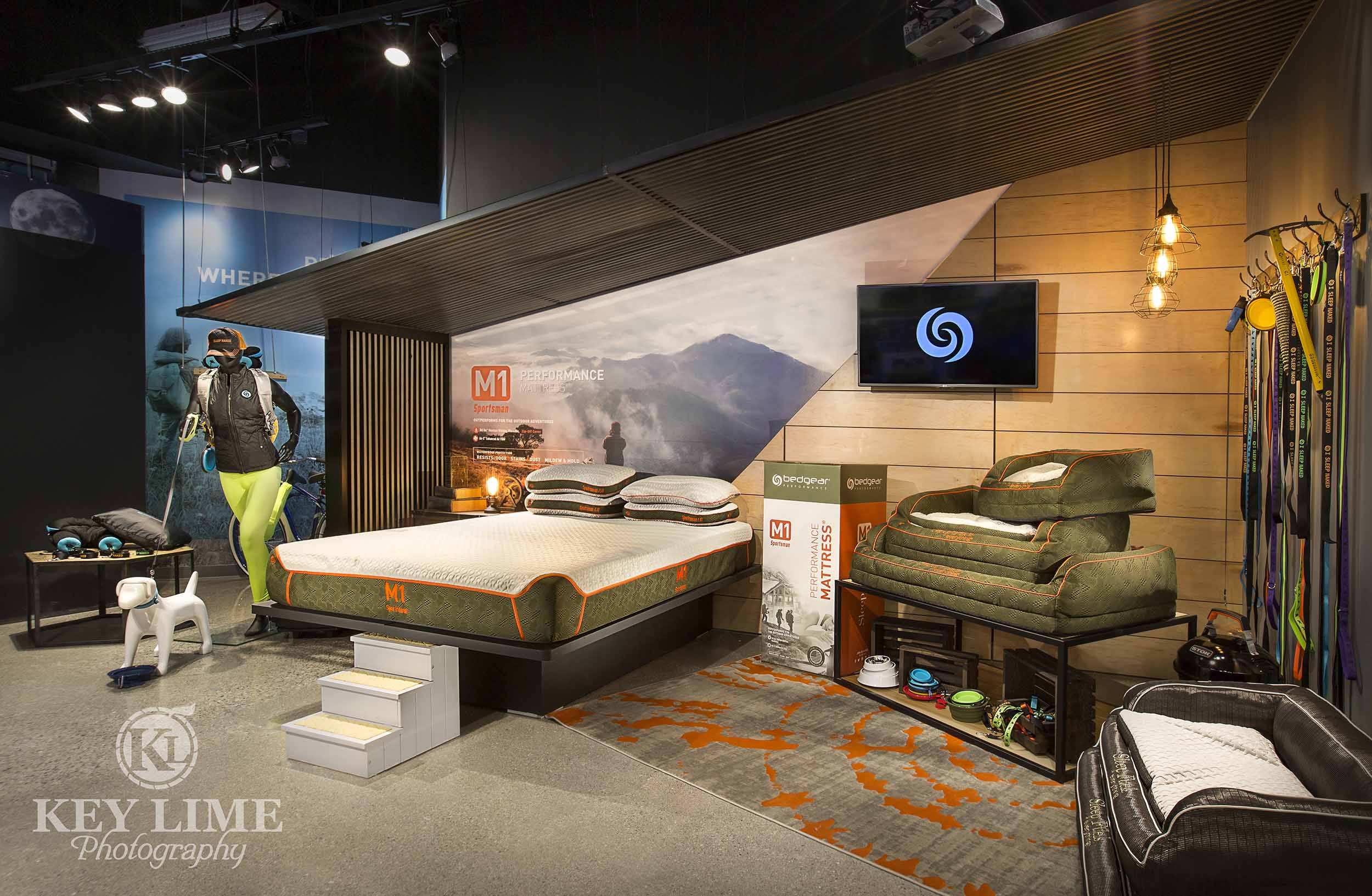Las Vegas market trade show photographer image of outdoorsy bedding