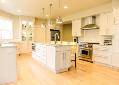 River Pointe Dr – IKEA Kitchen