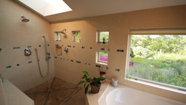 Luxurious bathroom for a custom home in Eugene, Oregon