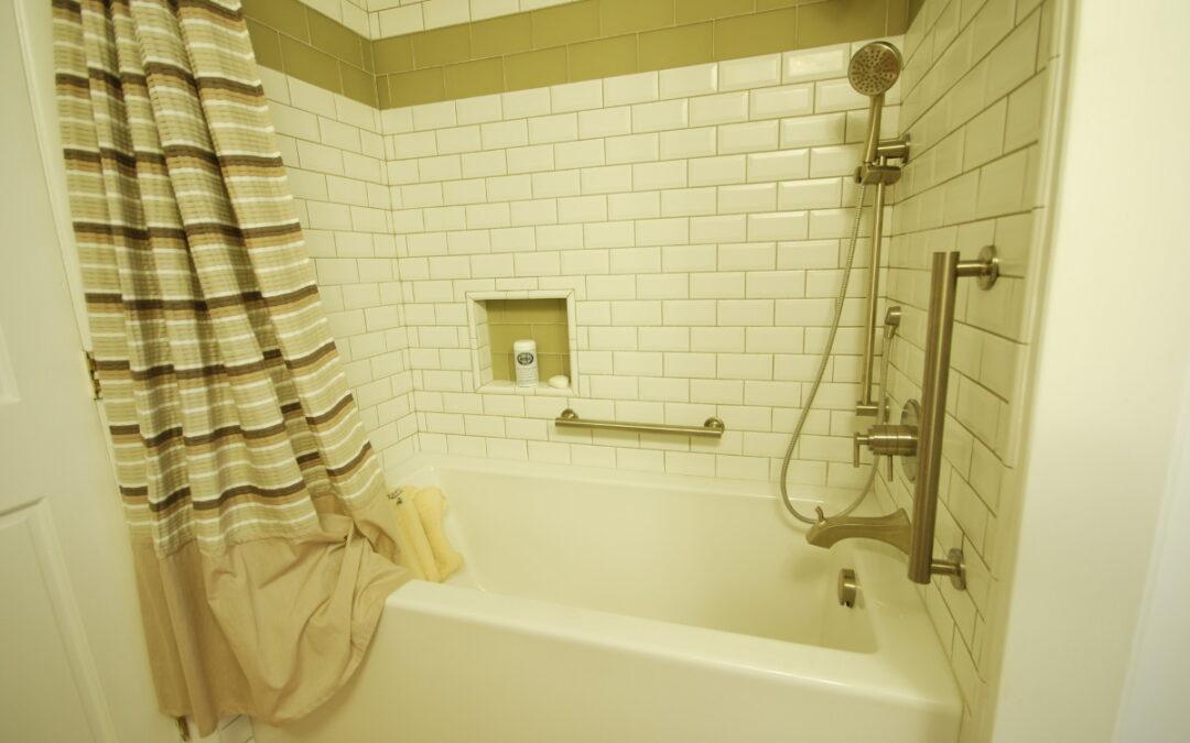 Iron Mtn Blvd – Bathroom Remodel