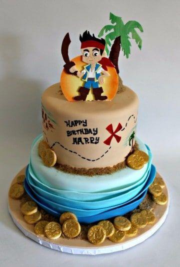 Diseños de pasteles con personajes de acción