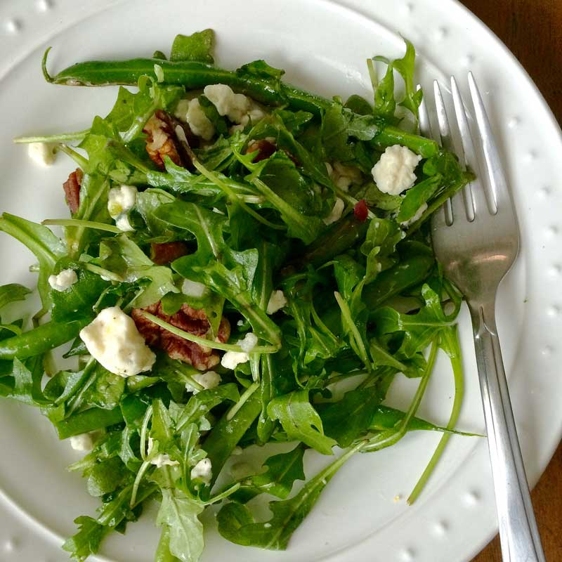 Grilled Green Bean And Arugula Salad