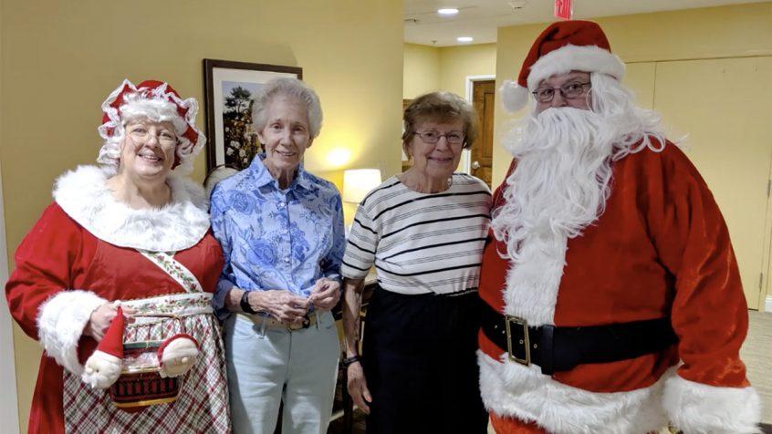 Living Wisdom Center Family-Christmas Gathering