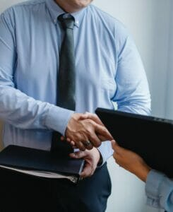 HOW TO HIRE A LAWYER BY PIPAS LAW GROUP
