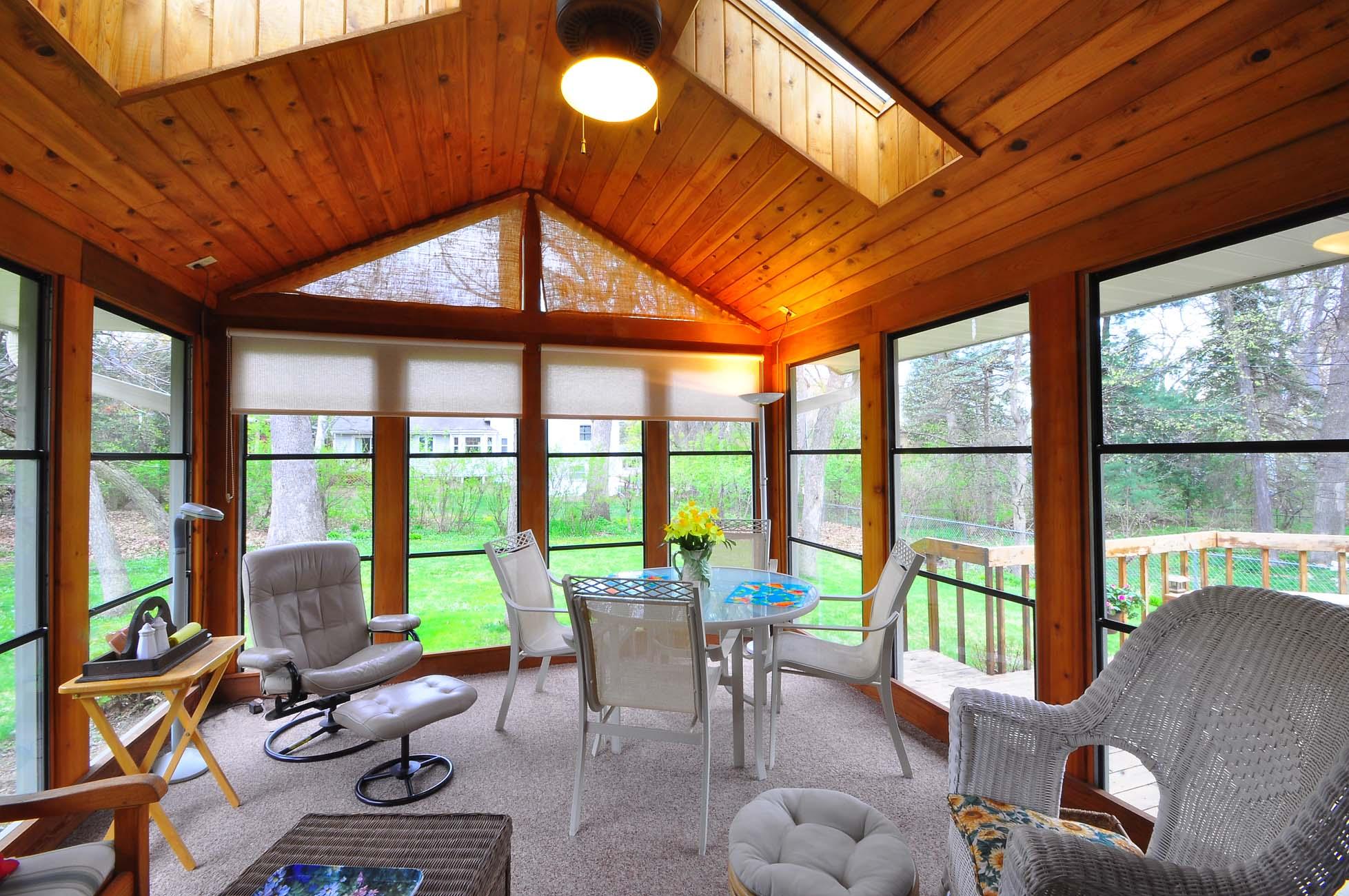 Exteriors / Interiors